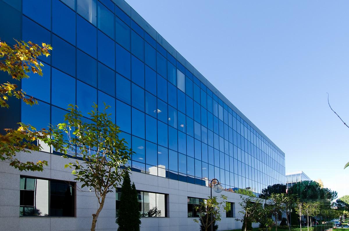 Promora vende un edificio for Edificios oficinas madrid