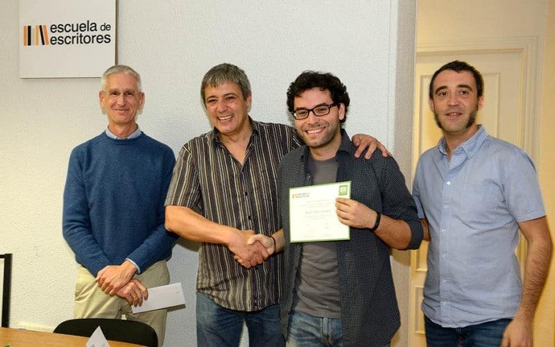 Promora entrega el premio en la escuela de escritores de madrid