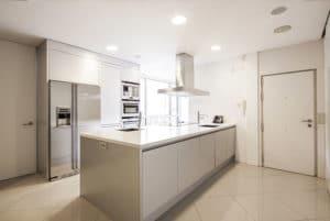 Cocina piso lujo chamberi blog de inmobiliaria promora - Espacio inmobiliaria mataro ...