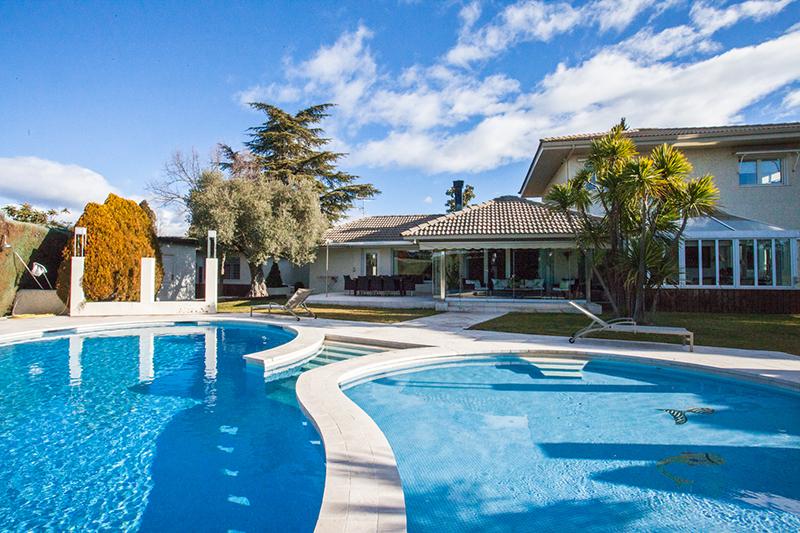 Casa o chalet independiente en venta en Urb. este - Montepríncipe